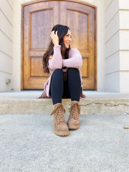 Say hello to the perfect fall boot! This is the @crownvintage Telinda Combat Boot from @dsw and they are so so easy to style with any outfit for the season. Not only that, but they are super comfortable WITH a side zipper that makes taking them on and off a breeze! Hello #momlife! #ad  Wear them with leggings, jeans, skirts, dresses, you name it! I'm showing you a closer look over in stories today, so head that way to check it out! #mydsw #dswtrendsquad