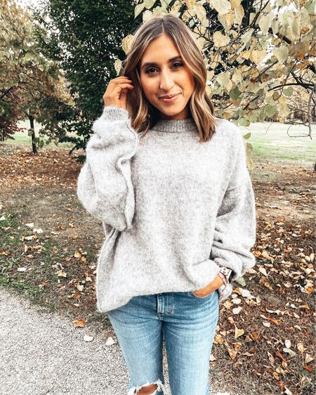 ✨Shop til YOU drop! My favorite, most-worn, topselling pieces for up to 25% off, like this cozy oversized sweater have just hit the blog! Click link in bio or head to shoppedtilshedropped.com to check out all my best-selling items included in this blowout sale! http://liketk.it/2LaEL #liketkit @liketoknow.it