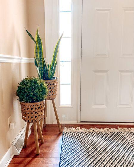 http://liketk.it/2OsKZ #liketkit @liketoknow.it front door rug goals! Wicker planters from Wayfair 💕