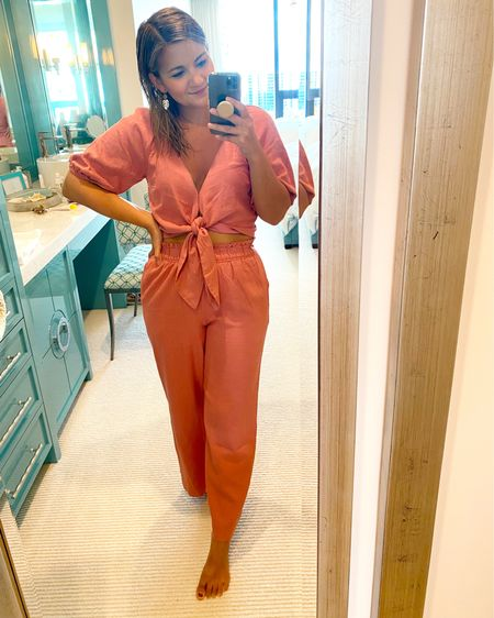 Abercrombie linen set - so comfy and cute!! Runs true to size - wearing an XS top and small pants. @liketoknow.it http://liketk.it/3gQRW #liketkit #LTKunder100 #petite #petiteblogger #petiteset #matchingset #abercrombieset