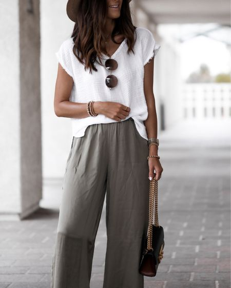 Summer outfit, wide leg pants, flowy top, sandals, beach outfit, brunch outfit, vacation style, tote bag, StylinbyAylin @liketoknow.it #liketkit http://liketk.it/3hUL8                               #LTKstyletip #LTKunder100 #LTKtravel