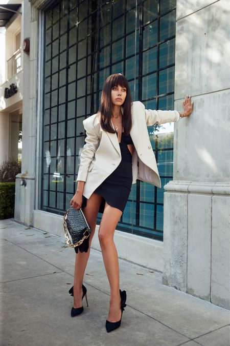 Sexy date night look for dinner with my husband! Love to pair mini skirts with oversized blazers (love this white leather blazer especially!)   #LTKshoecrush #LTKstyletip #LTKitbag