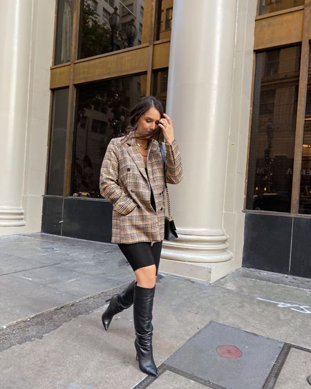 Makin my way downtown 🎵 sorry in advance if this song gets stuck in your head 😏 @astrthelabel @liketoknow.it http://liketk.it/31DS7 #liketkit #astrbabes #plaidblazer #tamaramellon #superdown