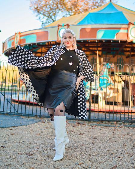 Queen of 🖤's @liketoknow.it http://liketk.it/2GNaD #liketkit #LTKcurves