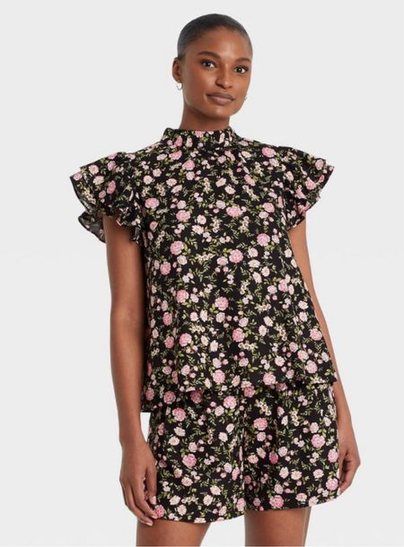 Oversized, wearing a small, Target, who what wear, floral top, women's fashion, clothing, looks for less    #LTKstyletip #LTKunder50