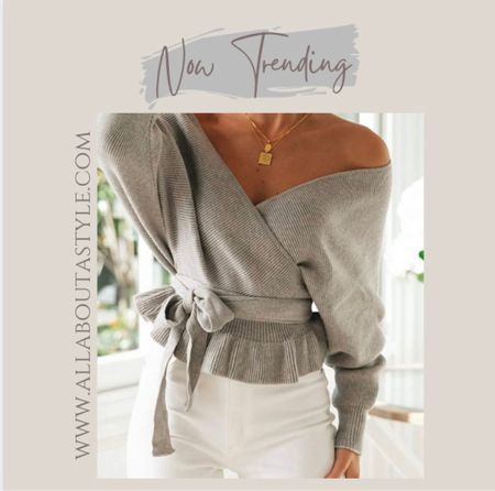 Trend alert. #offtheshouldersweater #fall #Fashion #chic #elegant   #LTKHoliday #LTKSeasonal #LTKGiftGuide