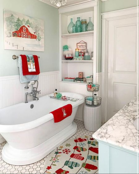 I'm a sucker for Christmas decorations and this bathroom is no exception! What is your favorite room to decorate for the holidays?  . . . 📷: @goldenboysandme  http://liketk.it/33QBl #liketkit @liketoknow.it  #fixerupper #farmhousefeatures #countryliving #christmasdecor #christmaslights  #remodel #interiordesign #simplystyleyourspace #houseenvy #holidaysale #happyholidays #winterstyle #simplystyleyourspace #bigsavings #blackfridaysale #earlyblackfridaysales  #christmasdecorations #christmasstyle #holidaystyle #bathroomstyle