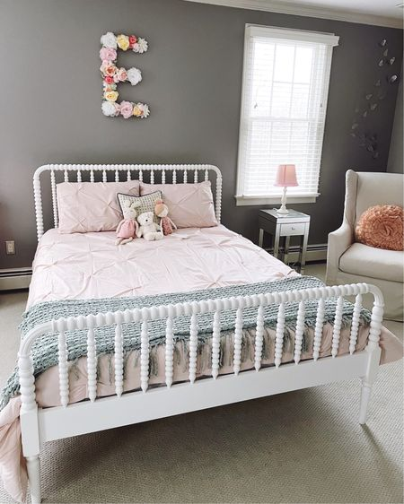 Moving on to the next milestone.....Big girl bed!🤍 http://liketk.it/37281 #liketkit @liketoknow.it @liketoknow.it.family Screenshot this pic to get shoppable product details with the LIKEtoKNOW.it shopping app