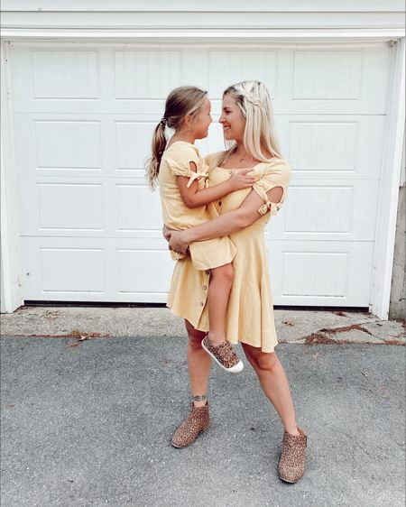 Mommy & me matching button up front dresses! http://liketk.it/3dwzs #liketkit @liketoknow.it #LTKfamily #LTKkids #LTKstyletip http://liketk.it/3dwAA