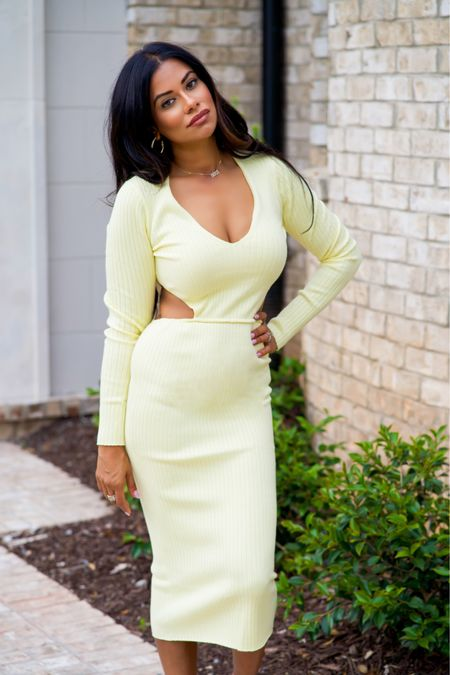 Sophisticated with a side of sexy.  And so is this dress! 😝  . Wearing: @camilacoelho x @revolve #revolveme #revolveambassador  . #married2med #married2medicine #bravotv #anilasajja #fashionblogger #lifestyleblogger #fashioninspo #indianamerican #indianblogger #atlblogger #browngirlswhoblog #brownblogger #atlantablogger  .  http://liketk.it/3h2Ly #liketkit @liketoknow.it #LTKfit #LTKstyletip #LTKcurves    Download the LIKEtoKNOW.it shopping app to shop this pic via screenshot and You can instantly shop my looks by following me on the LIKEtoKNOW.it shopping app. It's FREE!!
