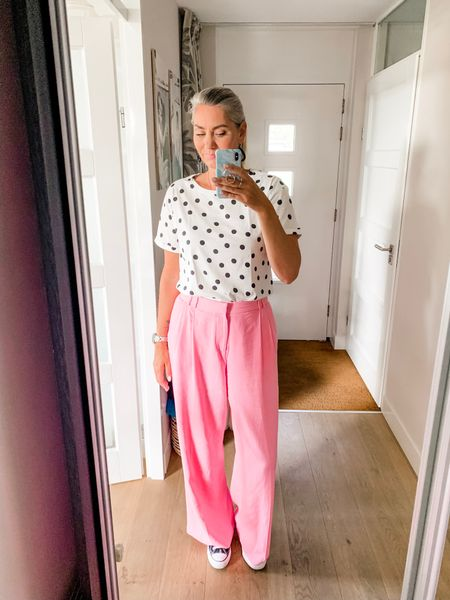 Outfits of the week-Monday  Polka dots and pink pants for the office. T-shirt is from Hema and I am wearing a medium. Pants are from Zara and I am wearing a XL.   I have linked similar items.    #LTKeurope #LTKstyletip #LTKworkwear