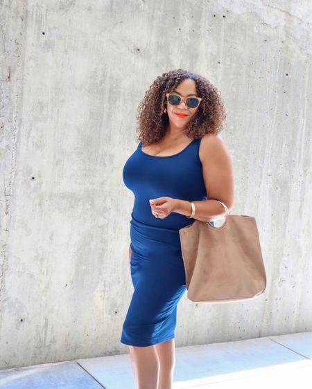 """Ok, yeah, I will wear it!  I've talked about tank top dresses over the years - I have so many! Now I'm getting some in some basic colors like this one, in navy. Quick tip - size up! I also add some shape wear 😅.  ⠀⠀⠀⠀⠀⠀⠀⠀⠀ This dress is from @amazonfashion It's in my Amazon shop. In my """"Bodycon Dresses for Midsize & Curves"""" - yes, they do exist ☝🏾! I'm wearing a size xl. Go to the link in Bio!   #comissionsearned #amazoninfluencer #amazonaffiliate #founditonamazon  http://liketk.it/3k3U4 #liketkit @liketoknow.it  ——————————————————————————— 🇩🇴 Ok, sí, ¡lo usaré! He hablado de vestidos sin mangas a lo largo de los años, ¡tengo tantos! Ahora voy a conseguir algunos en algunos colores básicos como este, en azul marino. Consejo rápido: también agrego algunas fajas 😅 - ¡seamos honestos ☝🏾! ⠀⠀⠀⠀⠀⠀⠀⠀⠀ Este vestido es de @amazonfashion. Está en mi tienda de Amazon. En mis """"Vestidos ajustados para tallas medianas & curvas"""" - ¡sí, existen ☝🏾! Llevo una talla xl. ¡Vaya al enlace en Bio! #comissionsearned #amazoninfluencer #amazonaffiliate #founditonamazon"""