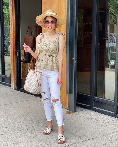 Summer style // white denim   http://liketk.it/3h7Wi #liketkit @liketoknow.it #LTKunder50 #LTKshoecrush #LTKunder100