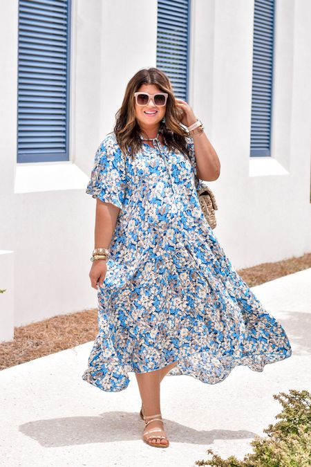 Easy, breezy, beautiful... maxi girl. 💕 Say hello to your new best dress. 😍😍 Two colors of this floral beauty dropped again today @30amama and it's ALL the THINGS. And more. Grab your size (I suggest sizing down) and take it for a spin. 🛍  Bag linked with @liketoknow.it http://liketk.it/3egUT #liketkit   Dress here: https://shop.30amama.com/products/full-bloom-maxi-blue #30amama #30a