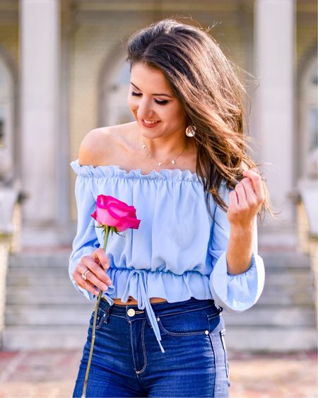 Summer trends 💙..if you saw my Story today, this is that one off shoulder top that does NOT ride up! http://liketk.it/2C7FU #liketkit #LTKunder50 #LTKunder100 #LTKspring #LTKstyletip @liketoknow.it