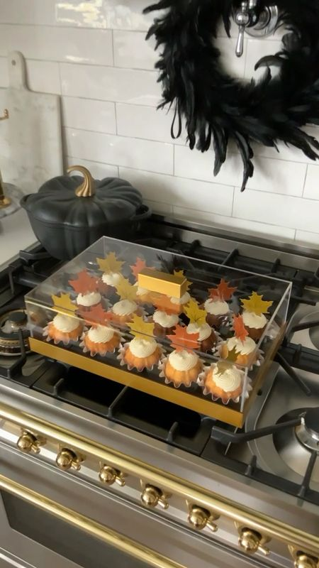 This cake and cupcake storage container from Amazon is amazing! It's so pretty in the presentation is gorgeous!  Fall decor, Thanksgiving, fall kitchen, white kitchen, black Kitchen, Kitchen and Hardware, baking, cooking, cupcake, cake, storage, organization, Amazon home, Amazon Finds  #LTKhome #LTKstyletip #LTKSeasonal
