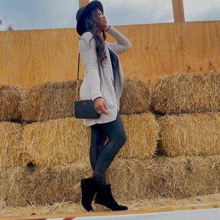 Fall fashion, fall family photo, outfit inspo,   #LTKSeasonal #LTKstyletip