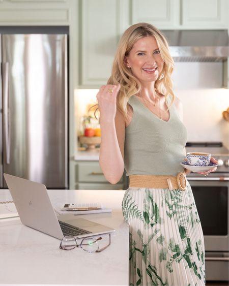 Floral midi skirts 🌿 http://liketk.it/3fD17 #liketkit @liketoknow.it