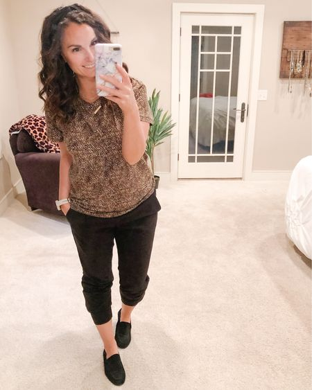 Went with natural hair today and then had a fire drill in the rain! Ended up with a frizzy mess 🤷🏻♀️. These joggers have been my favorite for the last two years and @express stopping selling them!! They do have a few similar styles but basic black joggers dress pants are a straight up go to for me! They're perfect to wear with loafers and booties!   http://liketk.it/2Wi48 #liketkit @liketoknow.it