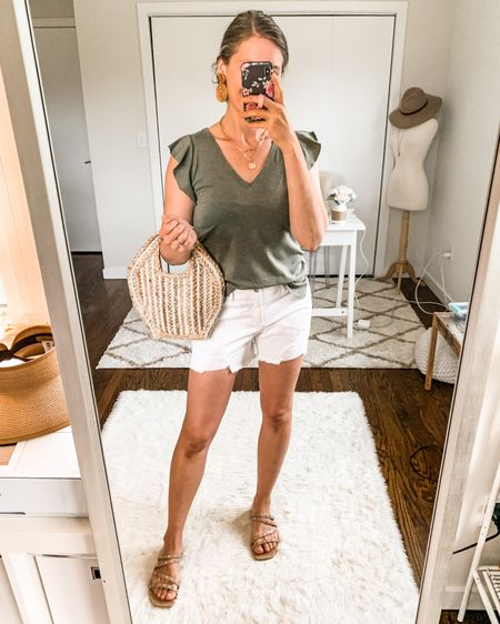The ruffle detail on this $10 tank is so pretty!  💕👌🏻 Sharing three casual ways to style with pieces you probably already have in your closet. 👉🏻 Try-on in Stories with all the details! http://liketk.it/3kcwv #liketkit @liketoknow.it #LTKunder50 #LTKstyletip #walmartfashion #ootd #wiwt