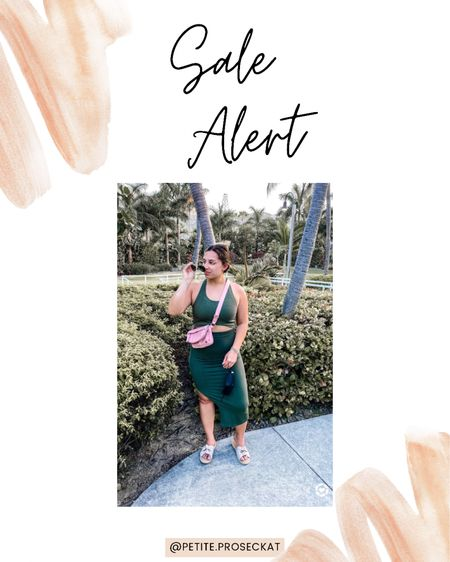 Sale alert!! This Fabletics set is on sale for MDW! You can get the whole set for just $15! Shop your screenshot of this pic with the LIKEtoKNOW.it shopping app #liketkit @liketoknow.it http://liketk.it/3g8vp