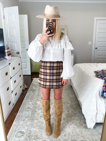 Fall fashion! White ruffle top (size: SM) with brown plaid mini skirt (size: XS)! Plaid mini skirt, fall plaid, fall outfit   #LTKunder50 #LTKSeasonal
