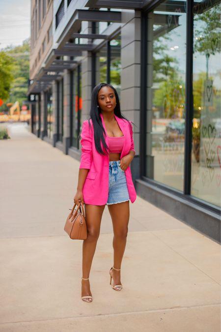 La vie en rose 💕💕  Sharing this look on the blog today. Happy Tuesday Beauties 👋🏾 . . #ootd #liketkit #blogger #dmvblogger http://liketk.it/3jDaw @liketoknow.it