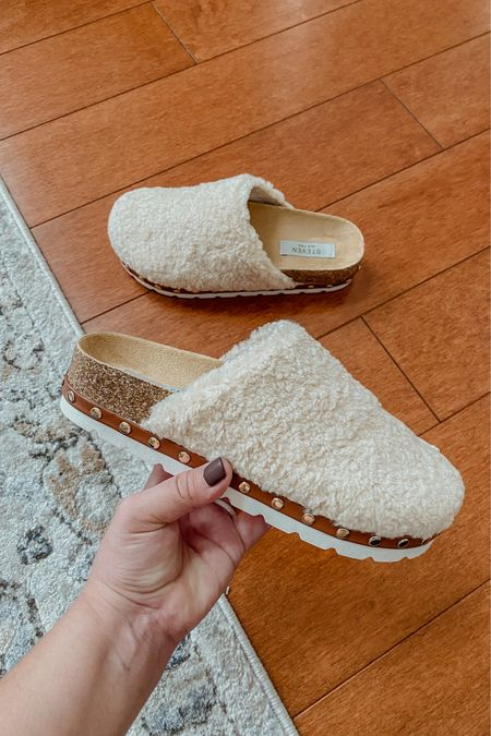 LOVE these sherpa clogs I just got in and they're under $50! They're perfect for those casual fall outfits and to pair with loungewear sets, too. Click to shop them in this color, black, or brown! Fit is TTS. If you're between, size up.   Black clogs, ivory clogs, neutral clogs, brown clogs, fall shoes, winter shoes, casual shoes, women's shoes   #LTKSeasonal #LTKshoecrush #LTKunder50