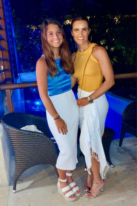 WHAT WE THOUGHT WAS OUR LAST NIGHT IN CANCUN☀️   My Chic Tank that every woman needs for her everyday wardrobe (made of cloud-soft cotton for a chic but relaxed feel) that comes in >15 colors!   Runs slightly small I size up to Medium!   Follow me on the LIKEtoKNOW.it shopping app to get the product details for both looks and others @liketoknow.it http://liketk.it/3aXZn  #LTKtravel #LTKunder100 #LTKfamily #liketkit  WHAT WE THOUGHT WAS OUR LAST NIGHT IN CANCUN☀️   My Chic Tank that every woman needs for her everyday wardrobe (made of cloud-soft cotton for a chic but relaxed feel) that comes in >15 colors!   Runs slightly small I size up to Medium!   Follow me on the LIKEtoKNOW.it shopping app to get the product details for both looks and others @liketoknow.it http://liketk.it/3aXZn  #LTKtravel #LTKunder100 #LTKfamily #liketkit  #LTKSeasonal + #competition #streetstylesquadtravels