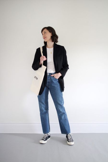 All the classics in this one.   Blazer & Tee - Everlane - TTS Jeans - vintage Levi's 70's High Top - Converse - TTS