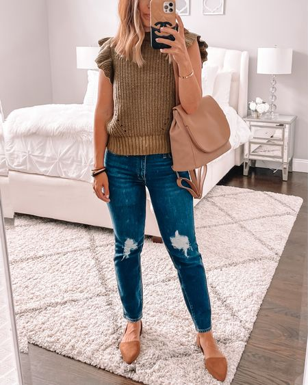 So excited because these target jeans I'm obsessed with are finally online 🙌🏻 They're so good in person! Wearing size 2 for reference   #LTKunder50 #LTKunder100 #LTKstyletip