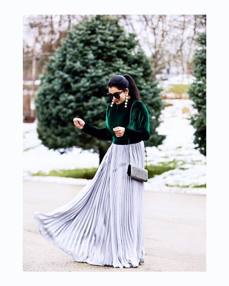 Velvet and pleats to incorporate some extra flair into the holiday looks!✨❤️ #holidayoutfitideas Outfit details- http://liketk.it/2ywwI #liketkit @liketoknow.it  You can follow me on the LIKEtoKNOW.it app to get the product details for this look and others!