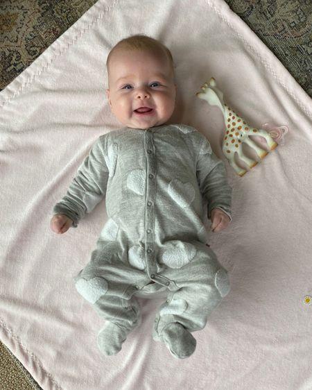 Ellie's baby outfit of the day, ootd, baby girl, baby gap, pbk baby, pottery barn, baby staples http://liketk.it/3boQb #liketkit @liketoknow.it #LTKbaby #LTKfamily #LTKsalealert