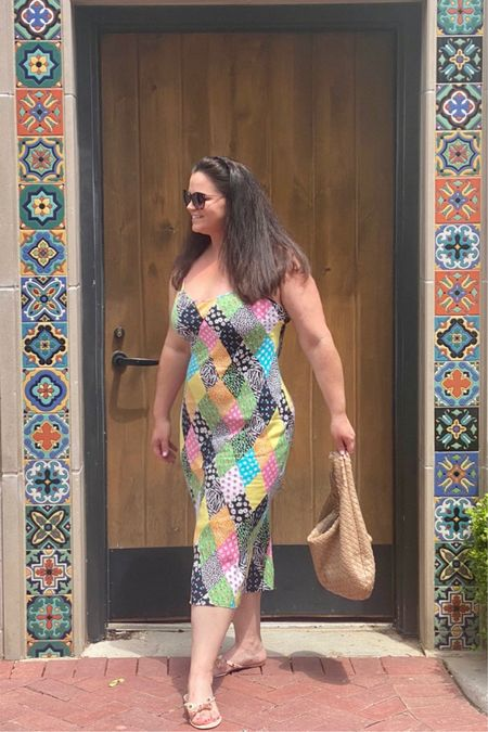 #liketkit @liketoknow.it http://liketk.it/3gh9e #LTKunder50 #LTKcurves #LTKfit   Patch work never looked so great as it does on this maxi dress. Officially Summer vacation woohoo.