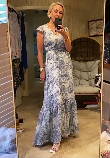 Blue and white toile maxi dress @deandavidsonjewelry #deandavidson #jewelry #toile #toilemaxidress #maxidress #summerdresses #weddingdresses #ruffledresses