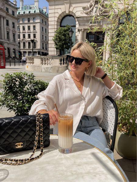 Sunny cafe days ☀️