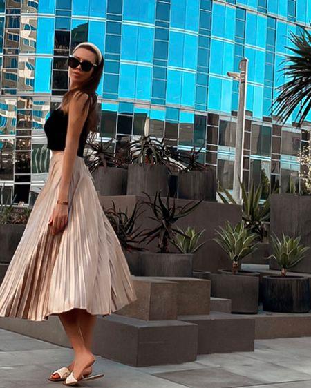 Chic style long skirt #liketkit http://liketk.it/339NJ @liketoknow.it #LTKsalealert #LTKstyletip Shop your screenshot of this pic with the LIKEtoKNOW.it shopping app