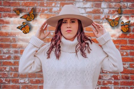 White Turtleneck Cable-Knit Sweater with Light Cream Wide Brim Hat. (Fedora) Fall Sweater,  Fall Look Size S/M   #LTKunder50 #LTKworkwear #LTKstyletip