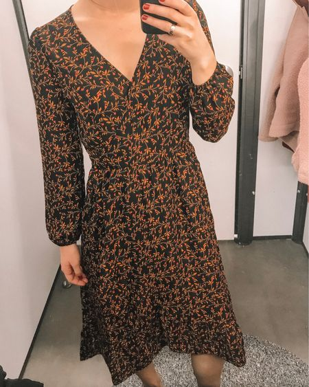 How cute is this Old Navy black and floral dress? It'd be perfect for Thanksgiving AND your holiday parties! I love the mid length style of it and the long sleeves! Old Navy is having a 40% off sale until 11.20! http://liketk.it/2yhbz #liketkit @liketoknow.it #LTKstyletip #LTKunder100 #LTKsalealert #LTKunder50
