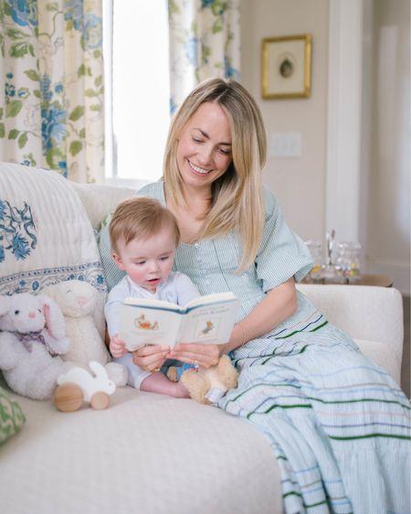 Reading with my little cutie pie in the perfect flowy spring dress! http://liketk.it/3cA2V @liketoknow.it #liketkit #LTKfamily #LTKbaby #LTKstyletip