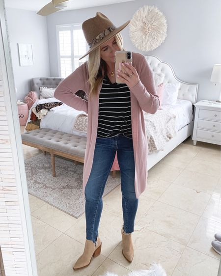 If it's pink.. i bought it🙈 jk (maybe.) couldn't pass on this long cardigan! Another must have is this basic tee. I buy them every year! @liketoknow.it http://liketk.it/2Djpy #liketkit #LTKshoecrush #LTKsalealert #LTKstyletip #LTKspring #LTKunder50 #LTKunder100 #LTKfall #nsale