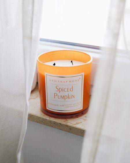 Duftkerzen für den Herbst: Pumpkin Spice Duftkerzen #Duftkerzen #Pumpkinspice #Herbst #Herbstdeko  #LTKhome #LTKeurope #LTKSeasonal