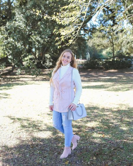 LOOK #1 OF 3 WAYS TO WEAR a creme long sleeve turtleneck. Throw on a cargo vest and jeans for a casual Friday look. If you can match your vest with your shoes, it's even more cute. Try it with a black or olive vest and boots. Happy Friday, Friends! 😘 📷@Katie_BeePhoto  Stay tuned for the next 2 looks!   What's your favorite way to wear a turtleneck?  _______________________________________  Screenshot this pic to get shoppable outfit details with the free LIKEtoKNOW.it app OR go to the 'Get the Look' tab at the link in my bio @CentsibleBlonde! http://liketk.it/2yPy7 #liketkit #LTKstyletip #LTKunder50 #LTKunder100 #LTKshoecrush #LTKsalealert @liketoknow.it
