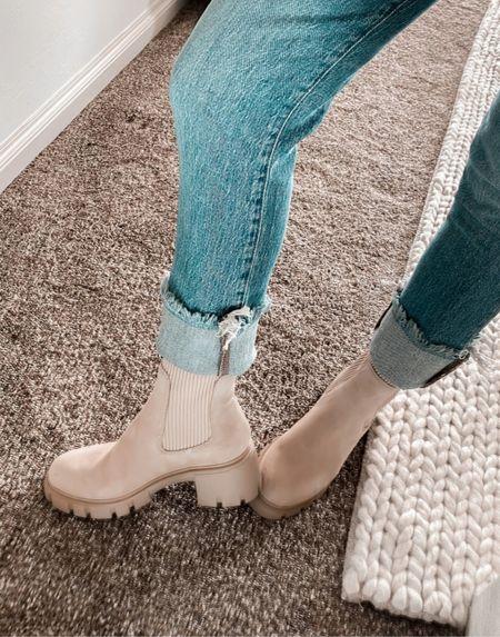 Fall Platform Boots, Brown Boots, Tan Boots, Suede Boots, Black Boots, Madewell Denim, Madewell Jeans, Fall Outfits Ideas, Nordstrom Fall  #LTKstyletip #LTKshoecrush #LTKSeasonal