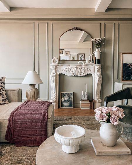 Living room decor http://liketk.it/3ihd3 #liketkit @liketoknow.it #LTKstyletip #LTKhome