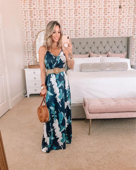 Floral Maxi dress with woven belt and crossbody  Dress Fit: I'm wearing a Small http://liketk.it/3hBmx #liketkit @liketoknow.it #LTKstyletip #LTKunder50 #LTKsalealert