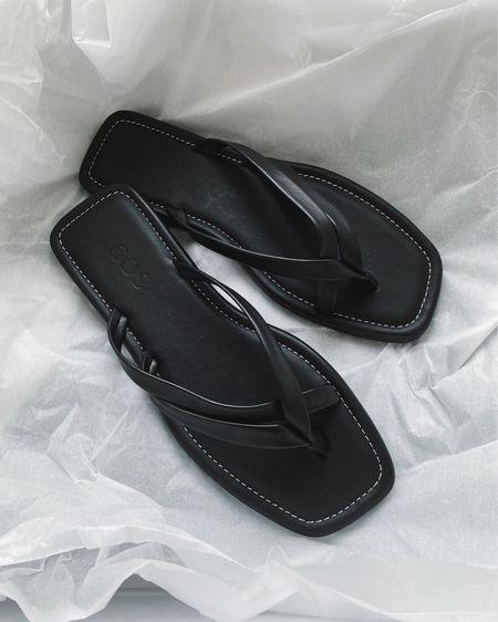 leather flip flops  http://liketk.it/3k8Gk #liketkit @liketoknow.it #LTKunder100 #LTKshoecrush #LTKeurope