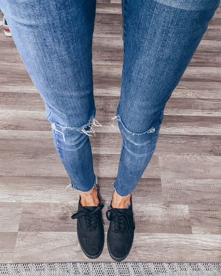 Canvas sneaker women's casual shoes women's canvas shoe canvas sneakers skinny jeans  skinny ankle jeans @liketoknow.it #liketkit  boho outdoor rug http://liketk.it/2LRuO #LTKshoecrush #LTKspring #LTKhome @liketoknow.it.home
