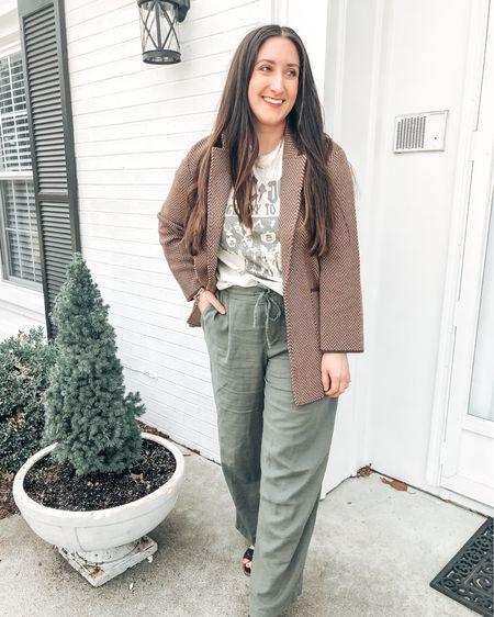 Loving linen pants styled with a sweater blazer and graphic tee.    http://liketk.it/3bPOE @liketoknow.it #liketkit #LTKunder50 #LTKstyletip #LTKsalealert