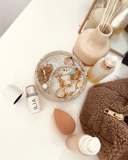 Ring dish and makeup details http://liketk.it/3h4vz #liketkit @liketoknow.it